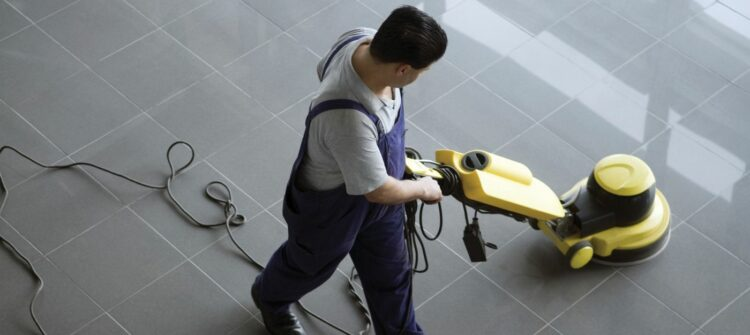 Где заказать мытье окон и уборку квартир после строительства?