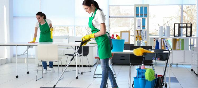 Уборка пыли в производственных помещениях и квартирах