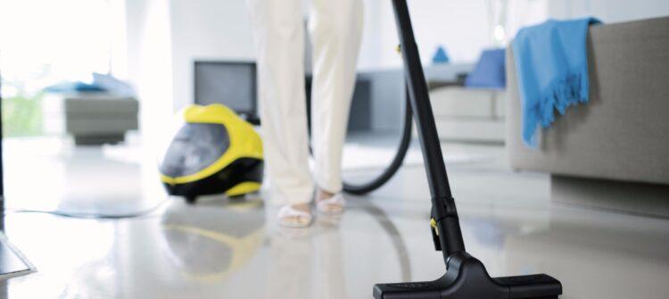 Почему популярна профессиональная уборка квартиры частному лицу в СПб?