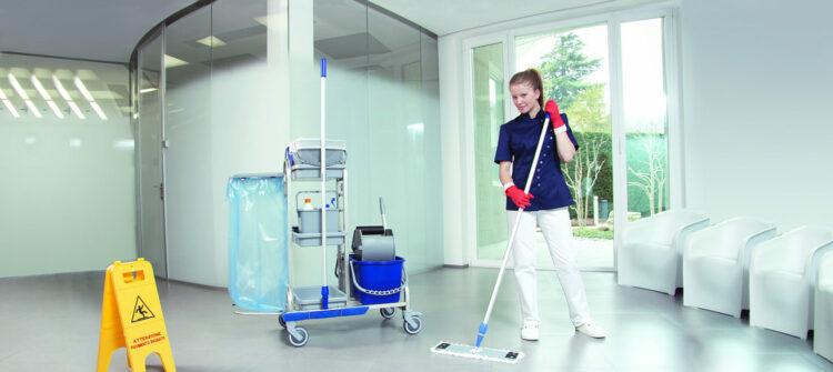 На что обратить внимание при выборе компании для уборки помещения?