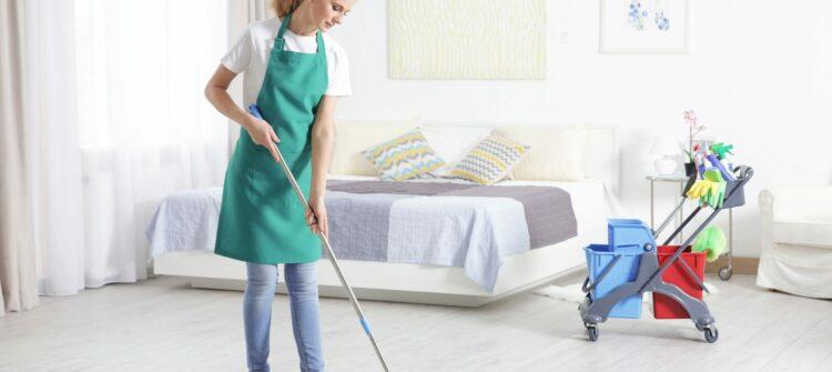 Чем отличается генеральная уборка квартир клининговой компанией?